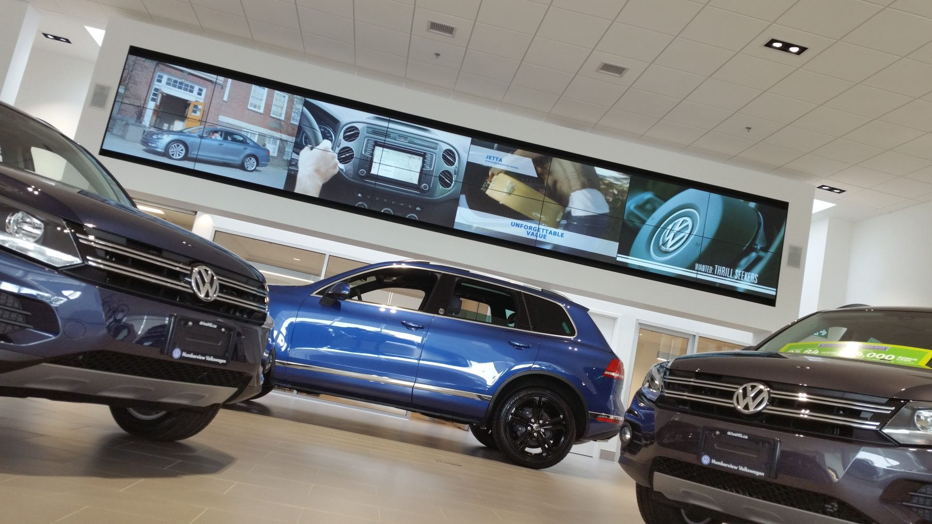 Toronto Volkswagen Dealership Utilises Digital Signage To