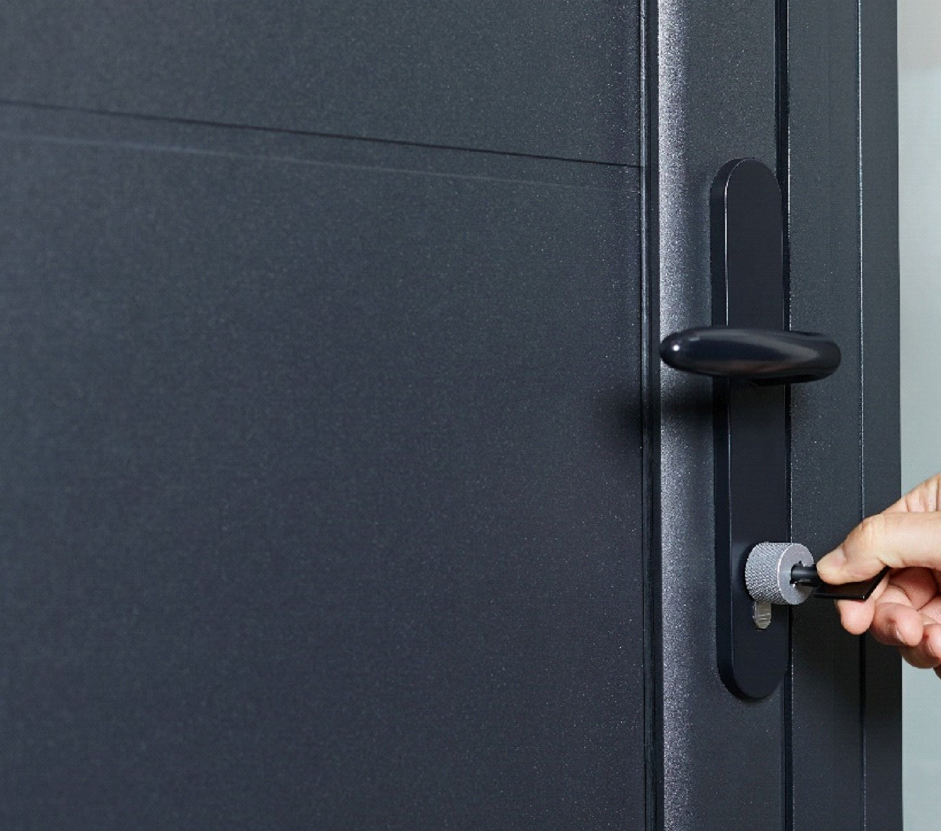 Netatmo Gets Smart With Door Lock and Keys